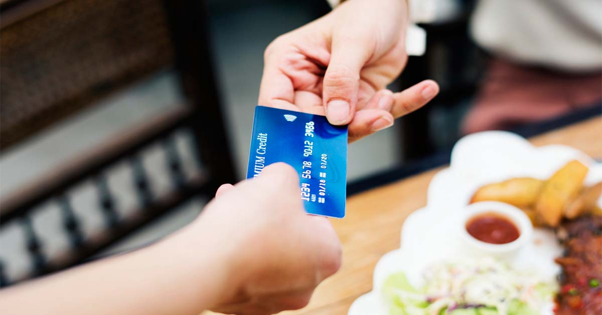 TOP 5 CASHBACK CREDIT CARDS IN INDIA